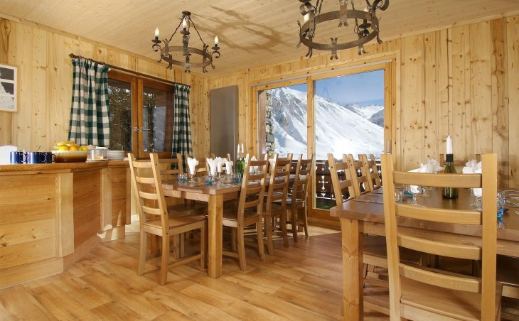 Chalet Les Arolles (Contactless Chalet Catering) - 1