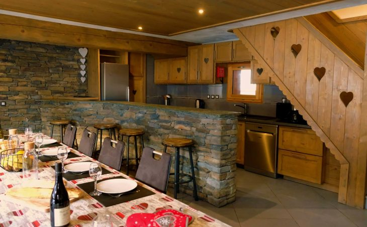 Chalet Les Cimes Blanches (Contactless Chalet Catering) - 8