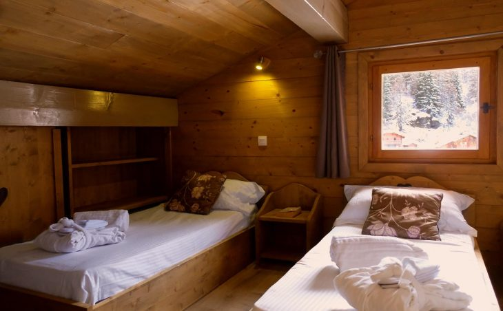 Chalet Les Cimes Blanches (Contactless Chalet Catering) - 12