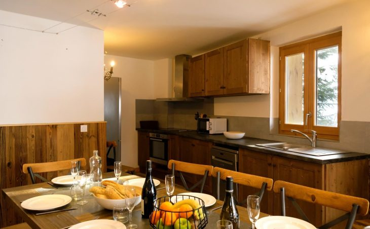 Chalet Vega (Contactless Chalet Catering) - 8