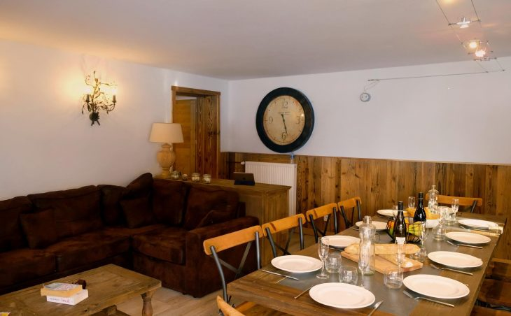 Chalet Vega (Contactless Chalet Catering) - 6