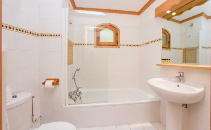 Chalet Beau Vallon (Self-Catered) - 3