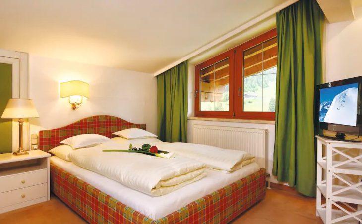 Hotel Kertess - 5