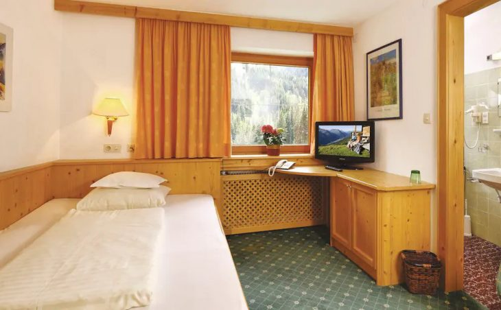 Hotel Kertess - 2