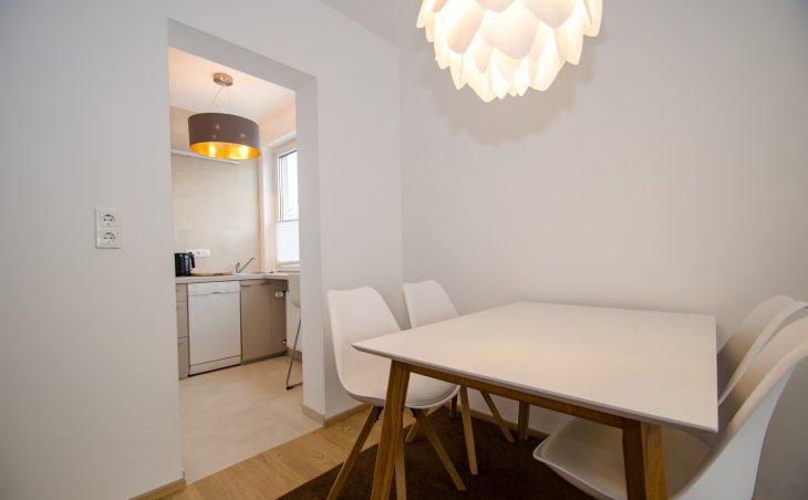 Apartment City Xpress - 8