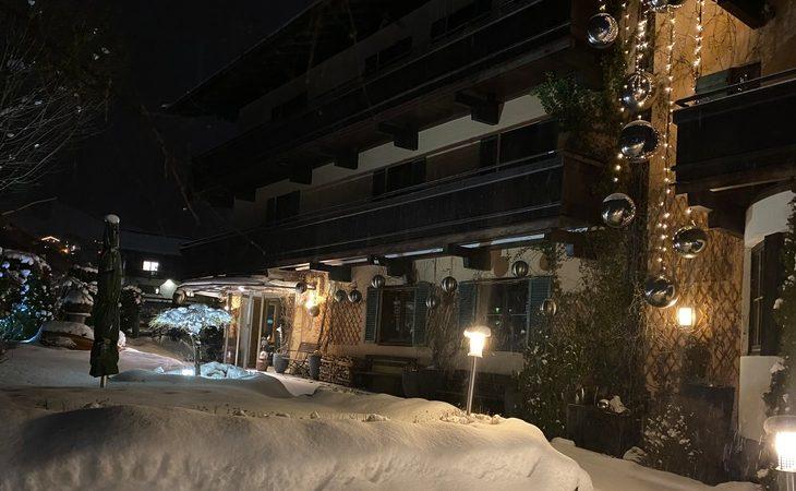 Hotel Edelweiss - 11