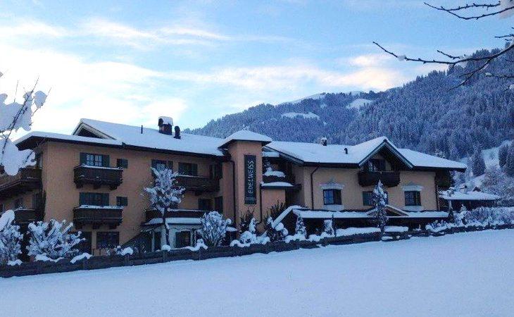 Hotel Edelweiss - 2