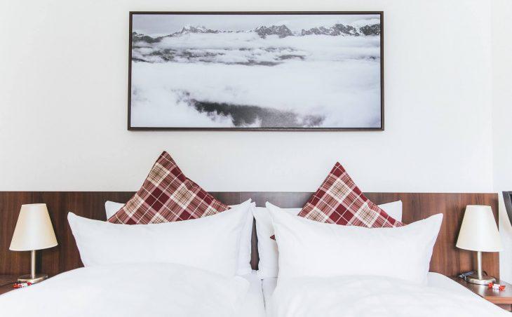Hotel Montfort - 8