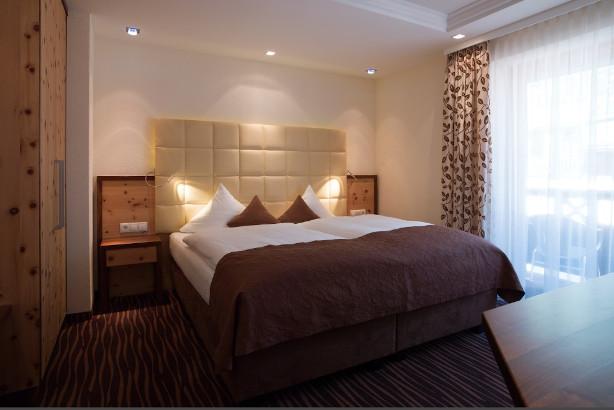 Hotel Yscla - 4