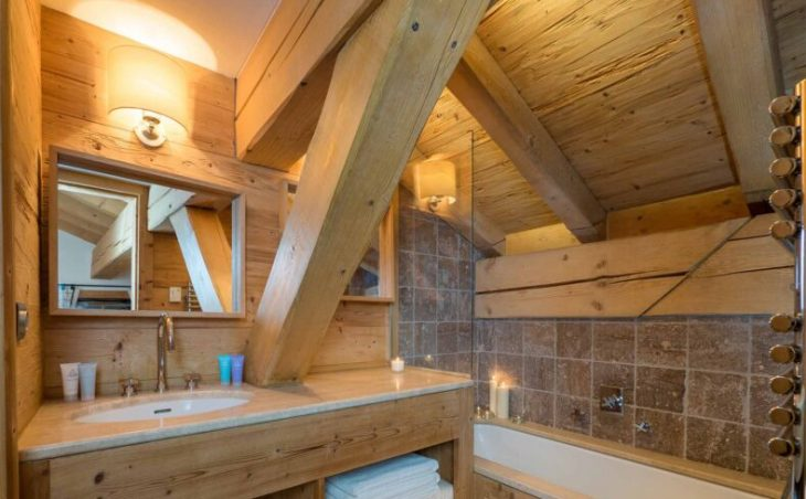 Chalet Davos (Contactless Chalet Catering) - 10