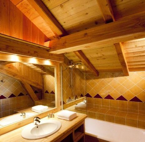 Chalet Le Chateau (Contactless Chalet Catering) - 4