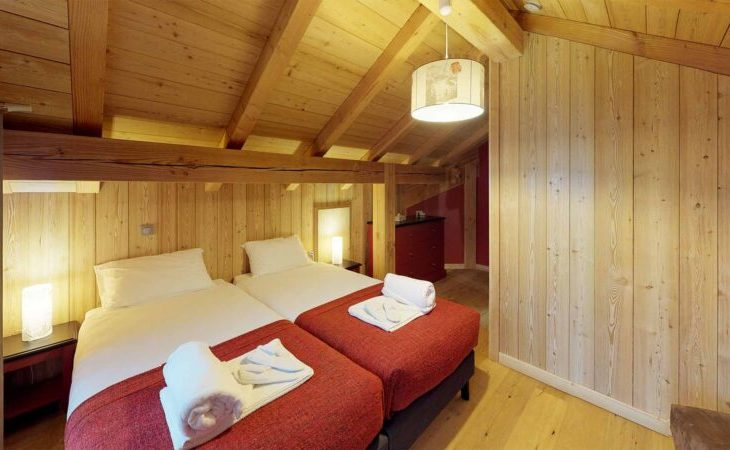 Chalet Nightingale (Contactless Chalet Catering) - 7