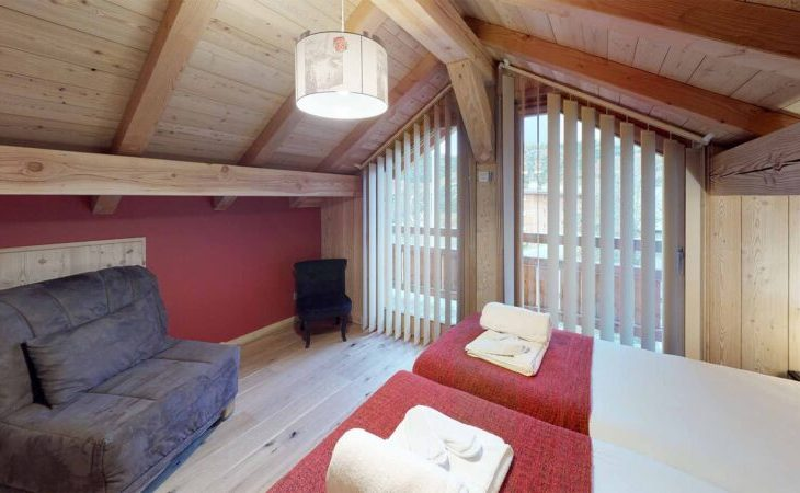 Chalet Nightingale (Contactless Chalet Catering) - 4