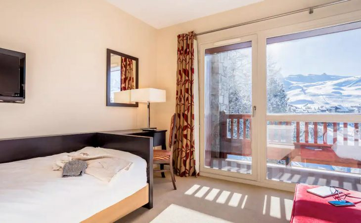 Hotel des Deux Domaines - 6