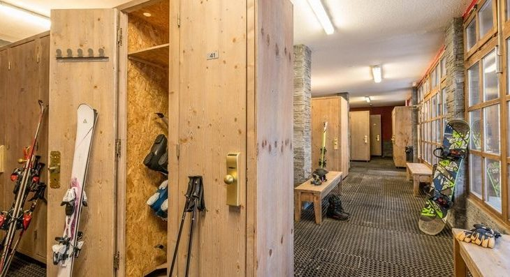 Chalet Altitude Apartments - 8