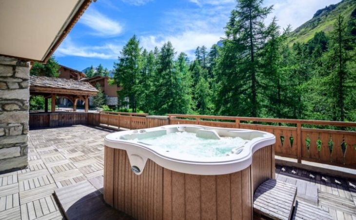 Chalet Cascades (Contactless Chalet Catering) - 1