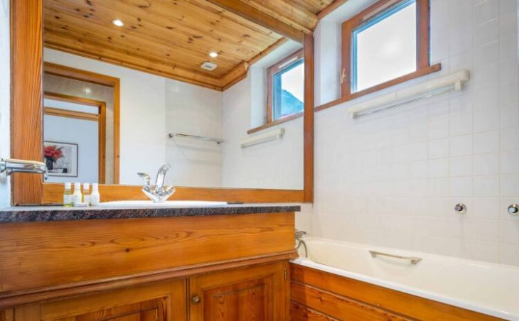 Chalet Charvet (Contactless Chalet Catering) - 7