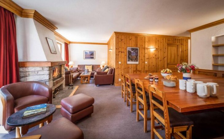 Chalet Santons (Contactless Chalet Catering) - 1