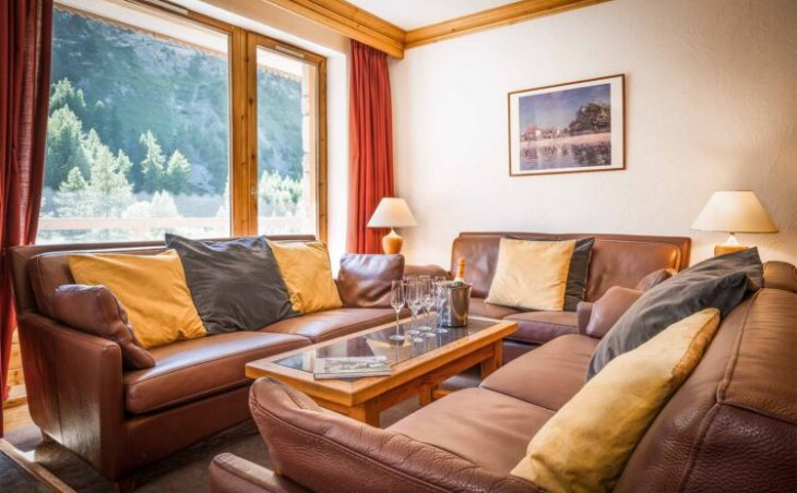 Chalet Santons (Contactless Chalet Catering) - 9