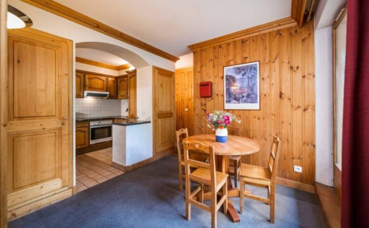 Chalet Santons (Contactless Chalet Catering) - 4
