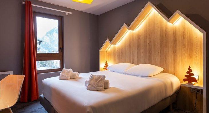 Hotel Base Camp Lodge - 2