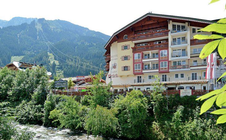 Hotel Brucke - 1