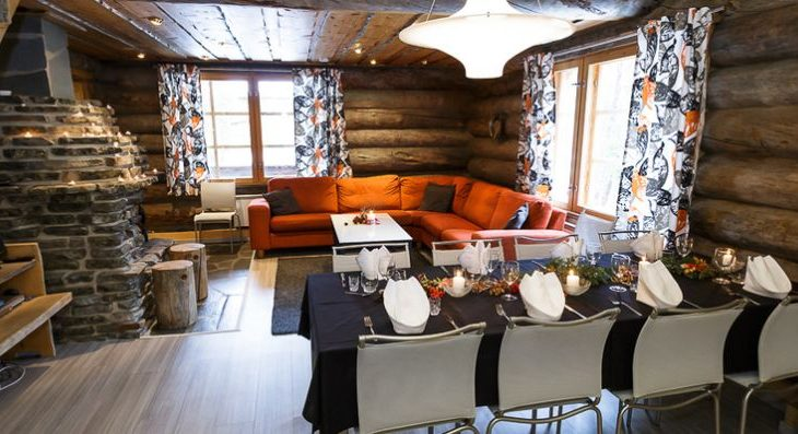 Large Levi Log Cabins - 3