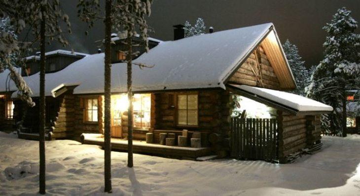 Large Levi Log Cabins - 1
