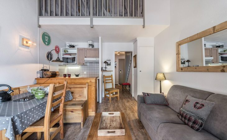 Apartments Pierre Vacances Centre - 11