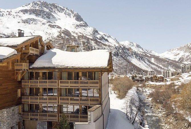 Hotel Ski Lodge - 2