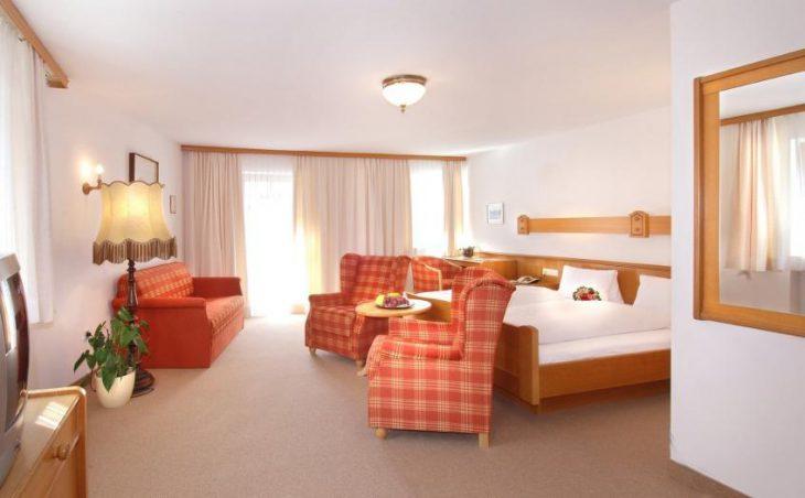 Kramerwirt Alpenhotel in Mayrhofen , Austria image 6