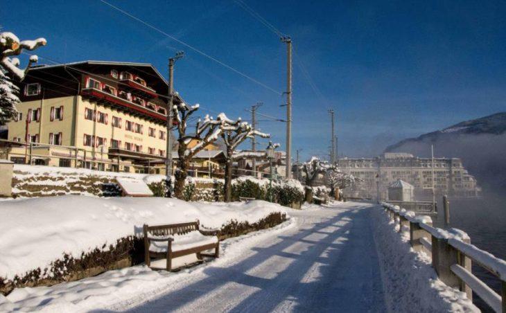 Ski Hotel Seehof in Zell am See , Austria image 2