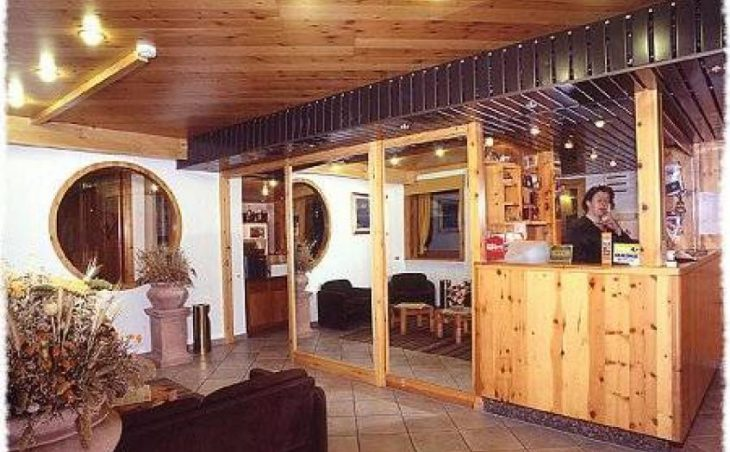 Hotel Les Coupoles in Champoluc , Italy image 3