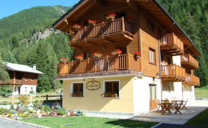 Hotel Petit Abri in Champoluc , Italy image 6