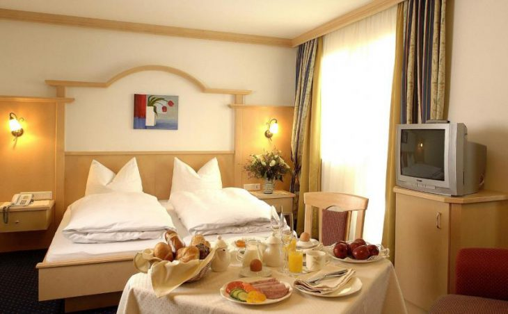 Hotel Kristall in Finkenberg , Austria image 3
