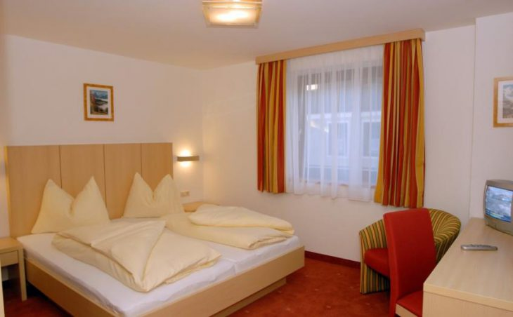 Hotel Glaserer Haus in Zell am See , Austria image 3