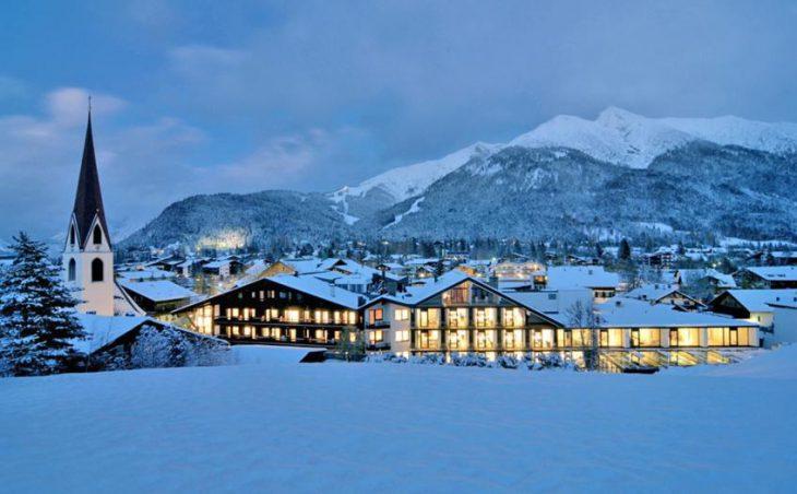 Alpenhotel fall in Love in Seefeld , Austria image 2