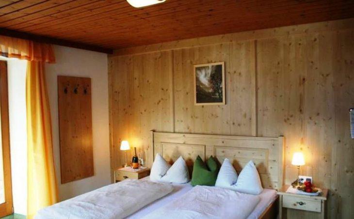 Gasthof Hochsteg in Mayrhofen , Austria image 9