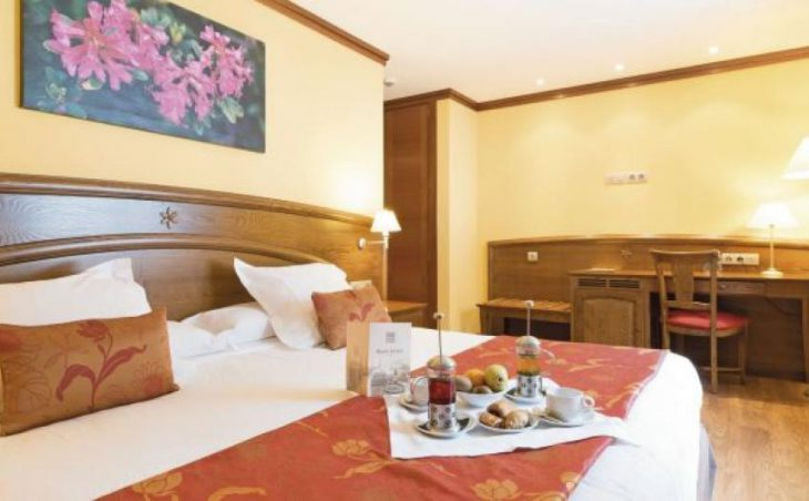Hotel Canaro in Soldeu , Andorra image 8