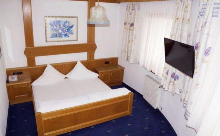 Hotel Alpina in Ischgl , Austria image 11