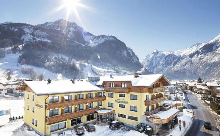 Hotel Tauernhof in Kaprun , Austria image 1