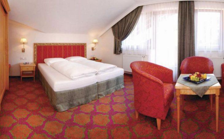 Hotel Strass Garni in Mayrhofen , Austria image 2