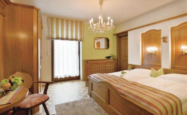 Alpin Hotel Garni Eder in Mayrhofen , Austria image 3