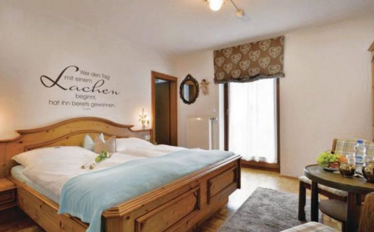 Alpin Hotel Garni Eder in Mayrhofen , Austria image 4