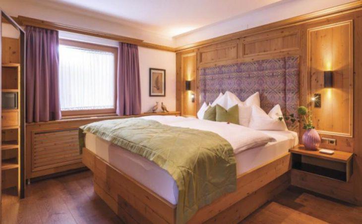 Alpin Hotel Garni Eder in Mayrhofen , Austria image 9