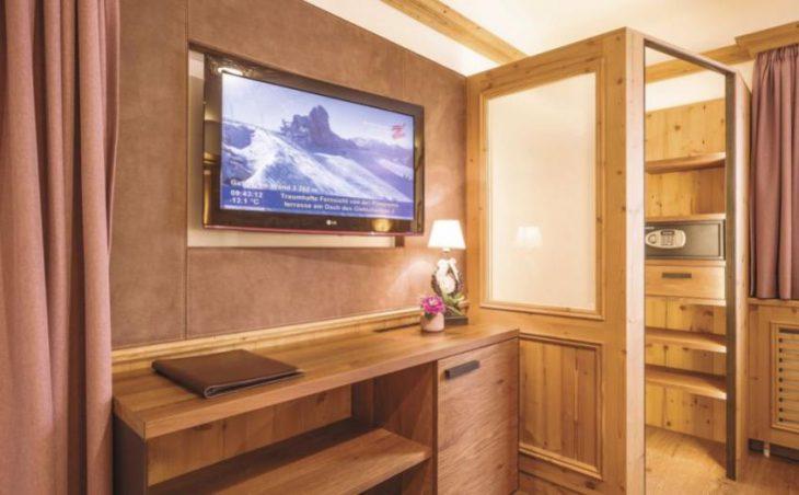 Alpin Hotel Garni Eder in Mayrhofen , Austria image 12