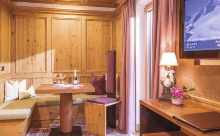 Alpin Hotel Garni Eder in Mayrhofen , Austria image 7