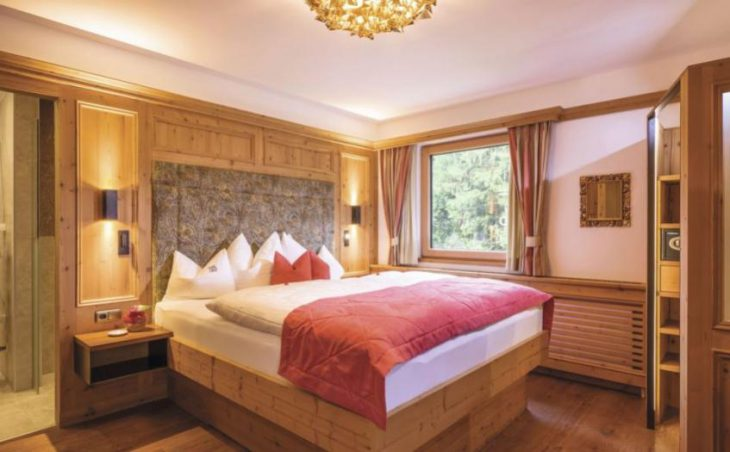 Alpin Hotel Garni Eder in Mayrhofen , Austria image 8