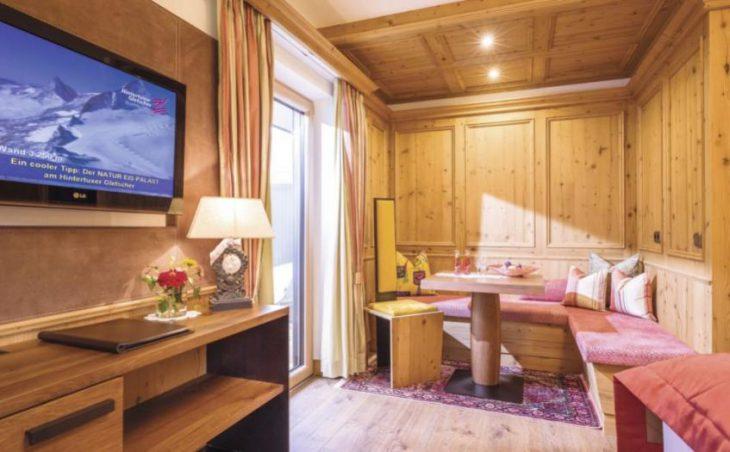 Alpin Hotel Garni Eder in Mayrhofen , Austria image 6