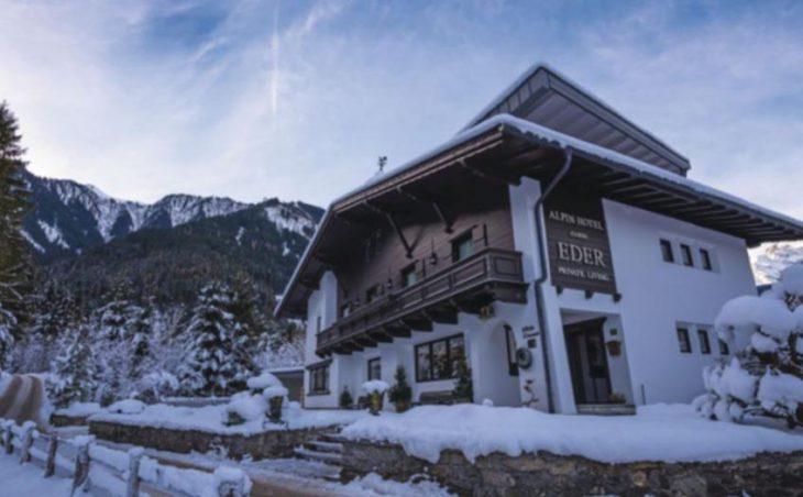Alpin Hotel Garni Eder in Mayrhofen , Austria image 1
